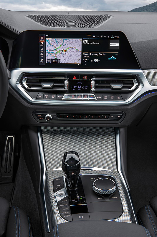 BMW 3er Limousine - Modell M Sport, Mittelkonsole mit iDrive Controller