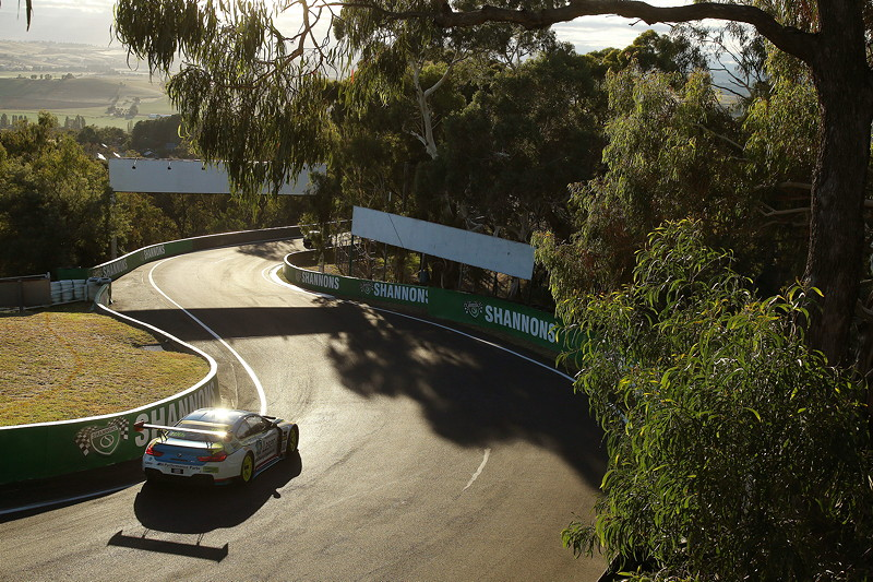 Bathurst (AU), 04.02.2018. BMW Motorsport, Bathurst 12 Std.-Rennen, Steve Richards (AUS), Timo Glock und Philipp Eng (AUT) Nr. 100A BMW M6 GT3.