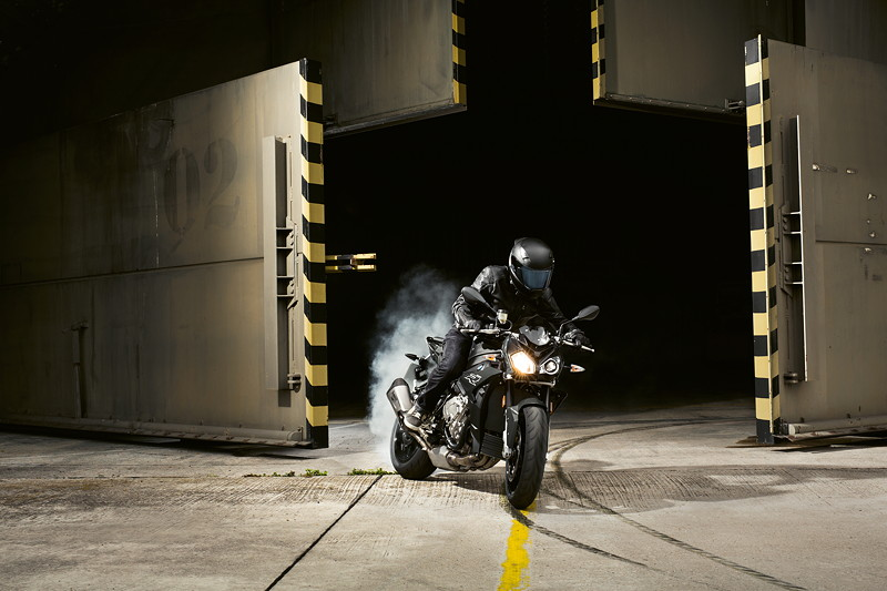 BMW S 1000 R, Blackstorm metallic.