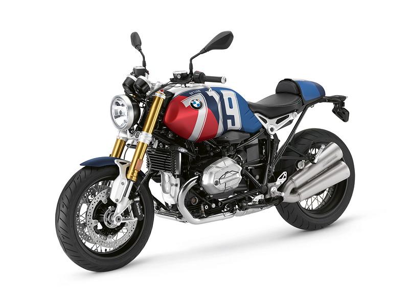 BMW R nineT, BMW Motorrad Spezial: Option 719 Marsrot metallic matt / Cosmicblue metallic matt.