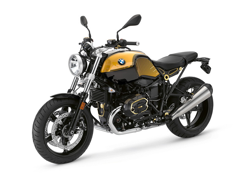 BMW R nineT Pure, BMW Motorrad Spezial: Option 719 Blackstorm metallic / Aurum.