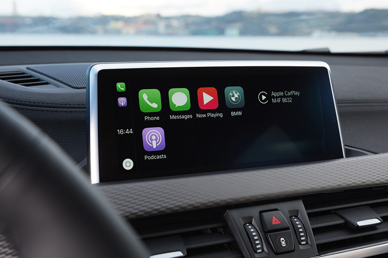 BMW X2, Apple CarPlay
