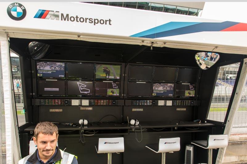 DTM in Spielberg, 23.09.2018. BMW Kommandostand an der Rennstrecke.