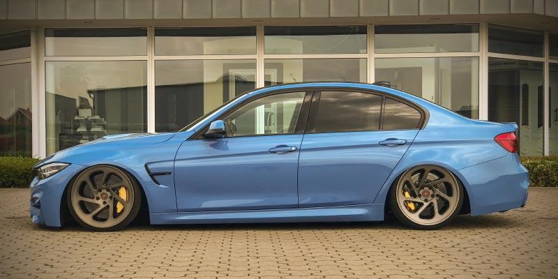 Essen Motor Show 2018: BMW M3 Competition (F80) mit Airlift Airride, 20 Zoll Vossen Forged Felgen in der tuningXperience