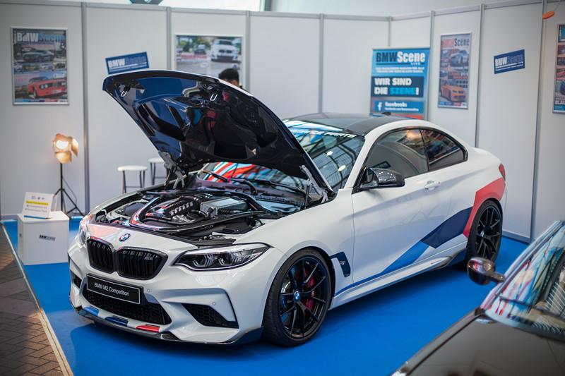 BMW M2 Competition mit BMW M Performane Parts (Deutsche Messepremiere)