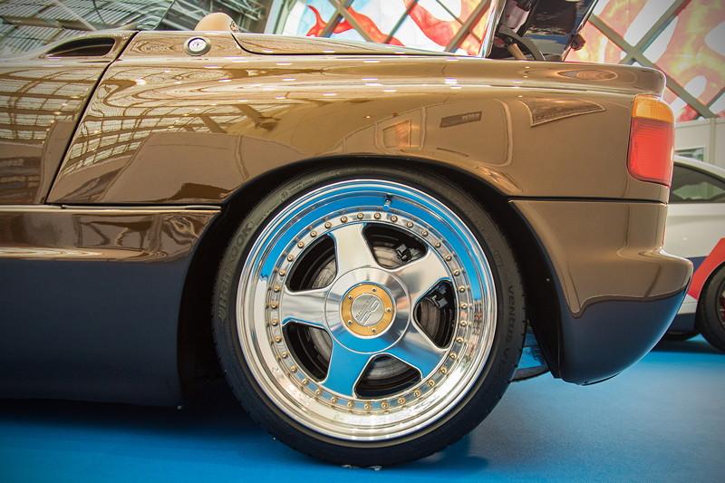 BMW Z1, 3teilige OZ 'Futura' Felgen in 9,0J und 10,5J x 17 Zoll, komplett hochglanzverdichtet, Innenbetten gecleant