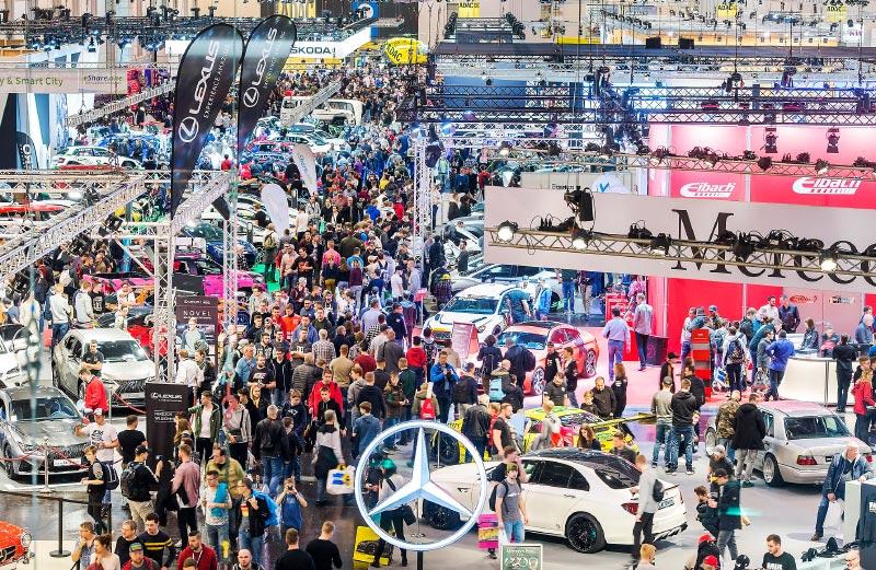 Blick in die Halle 3 der Essen Motor Show