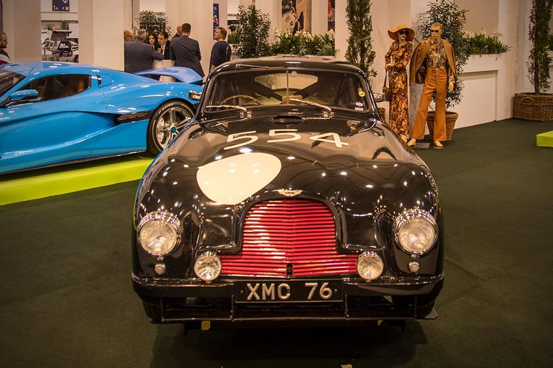 Aston Martin DB2 R, mit 6-Zylinder-Motor, 180 PS