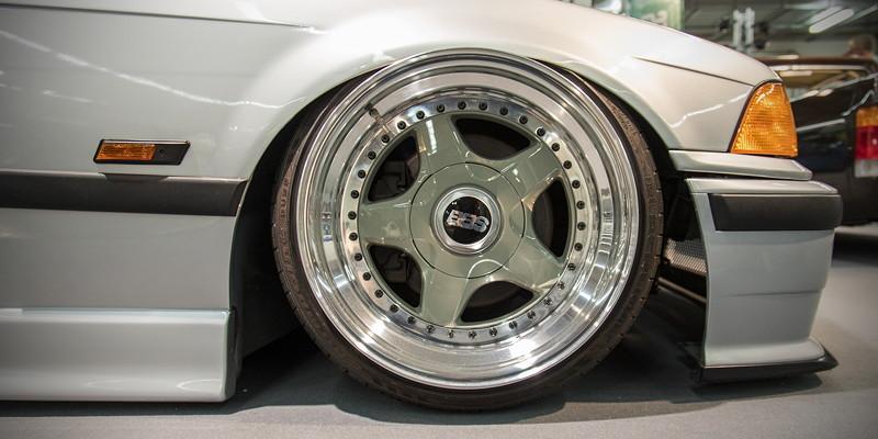 BMW 318is (Modell E36), mehrteilige BBS 'RF004' Felgen ursprünglich 8J umgeschlüsselt auf 10J x 17 Zoll