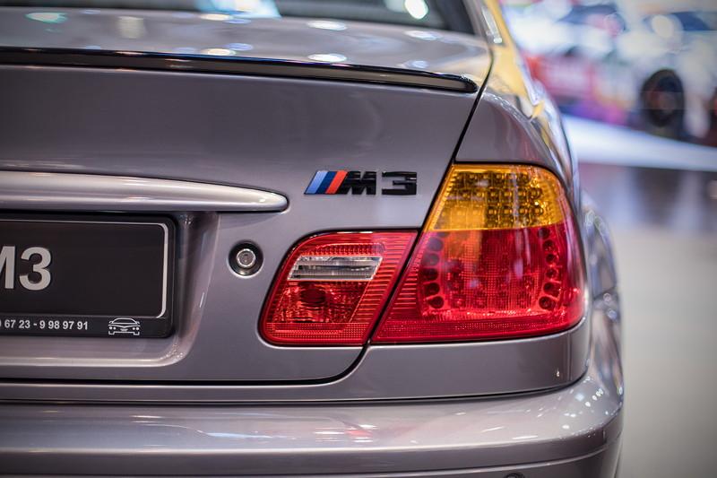 BMW M3 (Modell E46), Typbezeichnung 'M3' auf der Heckklappe