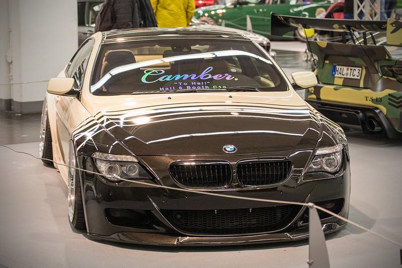BMW 635d (Modell E63), Umbau auf BMW M6 Front, Seitenwände verbreitert