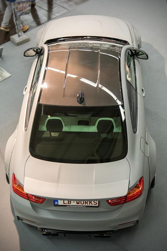 BMW M4 (Modell F82) mit orig. BMW Carbon Dach