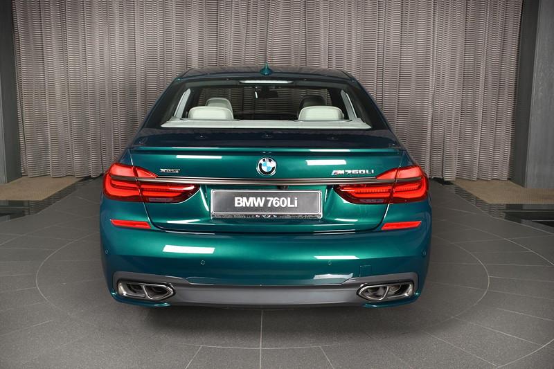 BMW M760Li xDrive M Performance, mit Heckspoilerlippe von Alpina