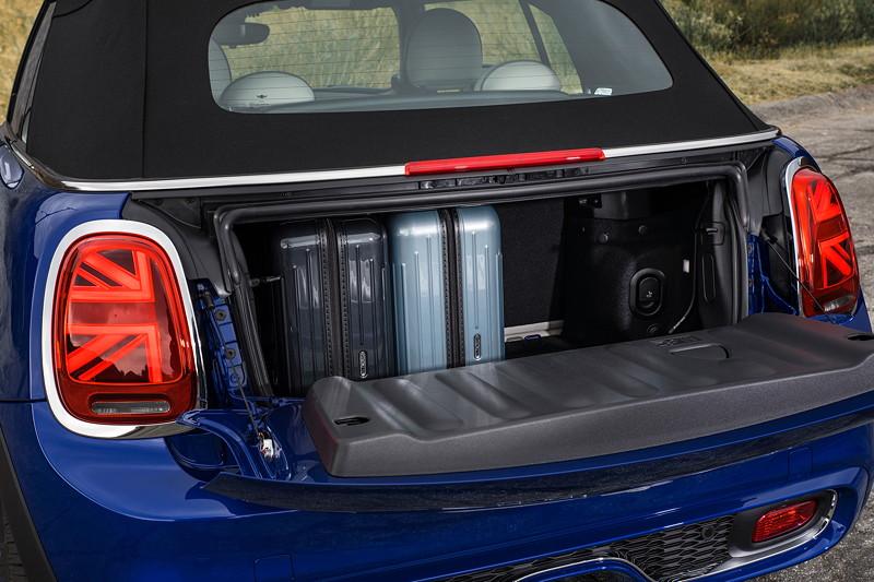 MINI Cooper S Cabrio (Facelift 2018), Kofferraum.
