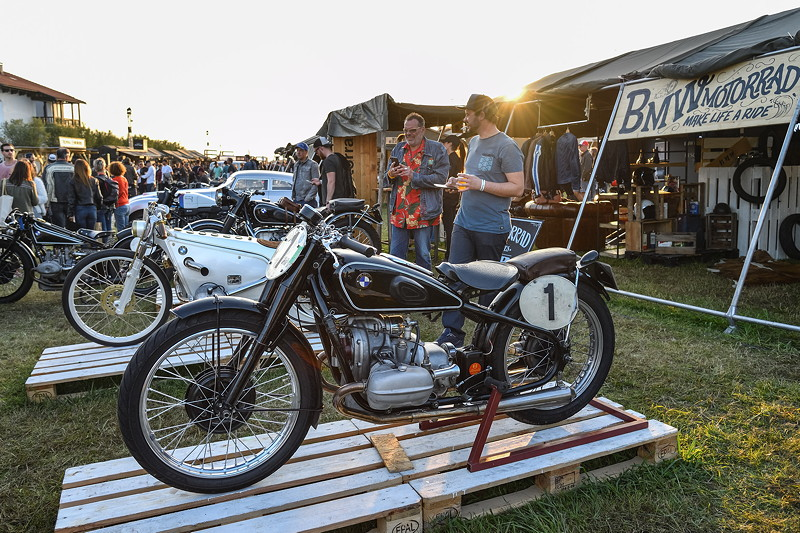 BMW Motorrad Classic beim Festival Wheels and Waves.