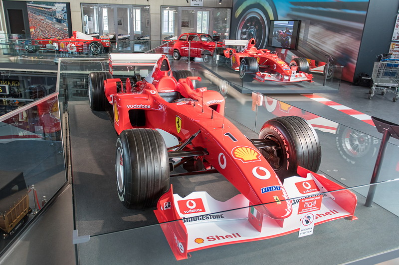 MotorWorld Köln-Rheinland, Michael Schumacher Private Collection: Ferrari F2002 - N223. Im Jahr 2002 steht Schumaher bei 17 Rennen 17mal auf dem Podium.