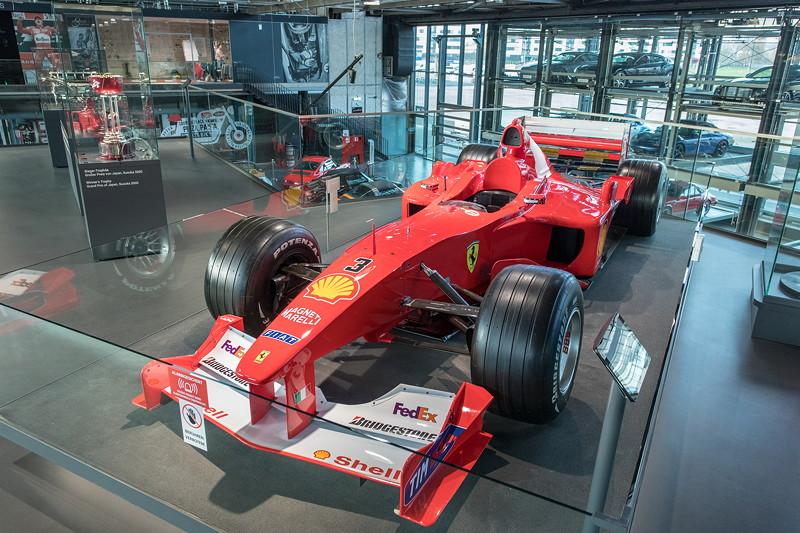 MotorWorld Köln-Rheinland, Michael Schumacher Private Collection: Ferrari F2000-N201. Im Jahr 2000 holt Schumacher seinen ersten F1-Titel mit Ferrari. Es ist für Ferrari der erste WM-Sieg nach 21 Jahren.