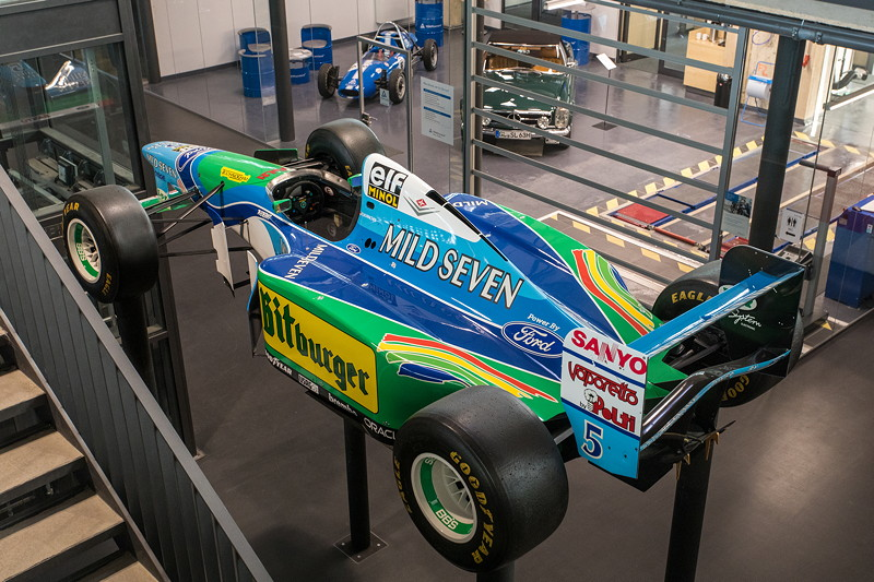 MotorWorld Köln-Rheinland, Michael Schumacher Private Collection: Benetton B194 - Chassis 06 aus dem Jahr 1994. Mit 3.5 Liter V8-Motor.