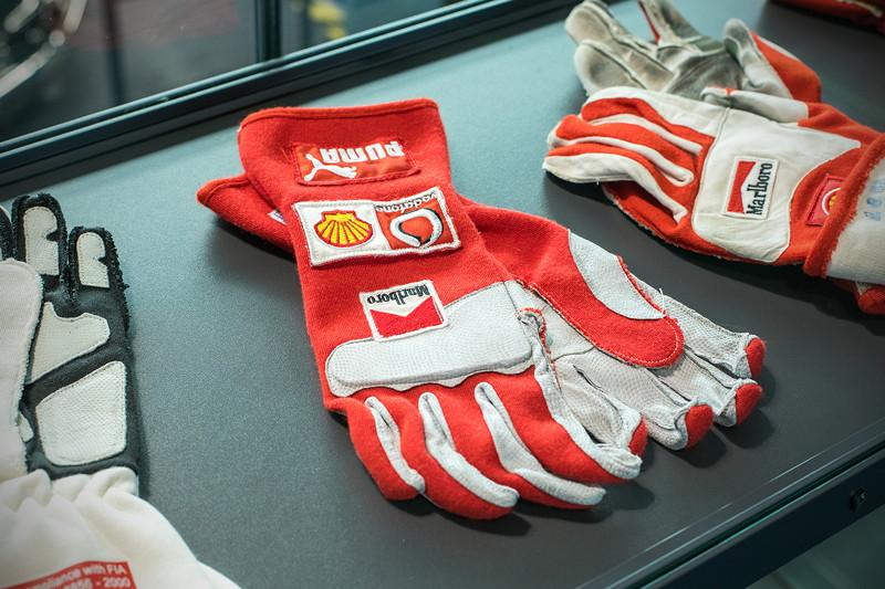 MotorWorld Köln-Rheinland: Handschuhe von Michael Schumacher