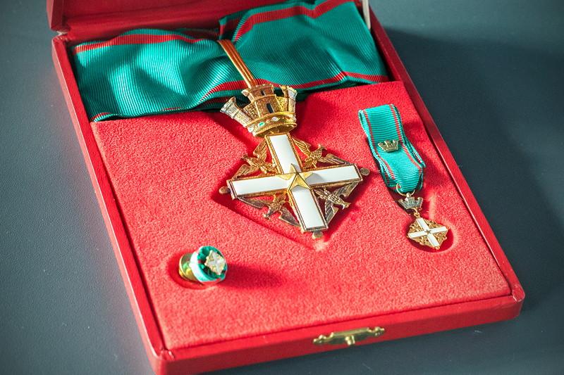 MotorWorld Köln-Rheinland: Verdienstorden aus dem Jahr 2002 (Order of Merit of Italy)