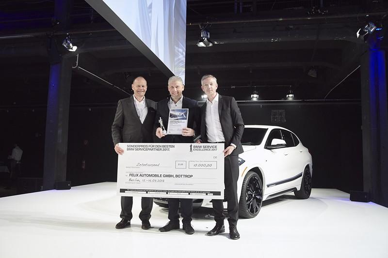 BMW: Felix Automobile GmbH, Bottrop, gemeinsam mit Erich Ebner von Eschenbach und Christian Scheppach.