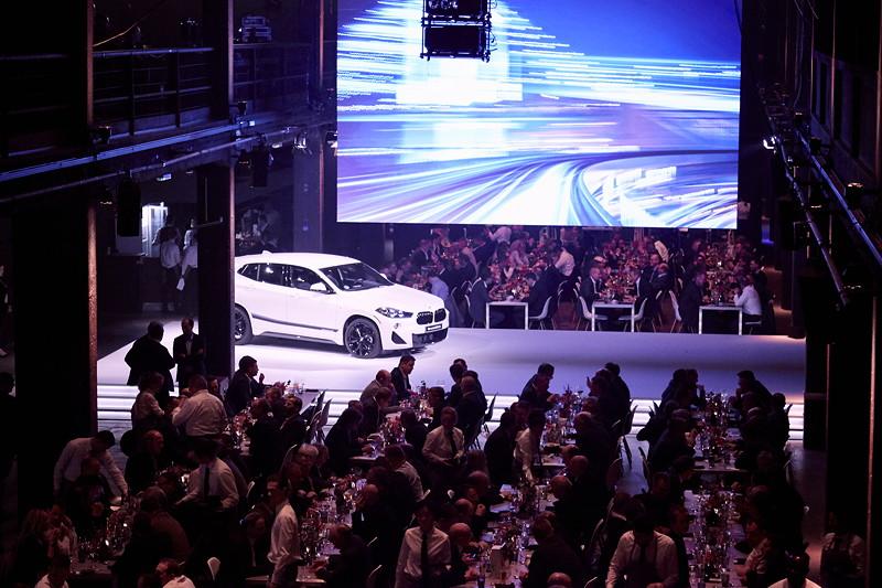 BMW Deutschland und MINI Deutschland vergeben an 54 Servicebetriebe den Service Excellence Award für hervorragende Kundenzufriedenheit und Servicequalität. Motorwerk, Berlin.
