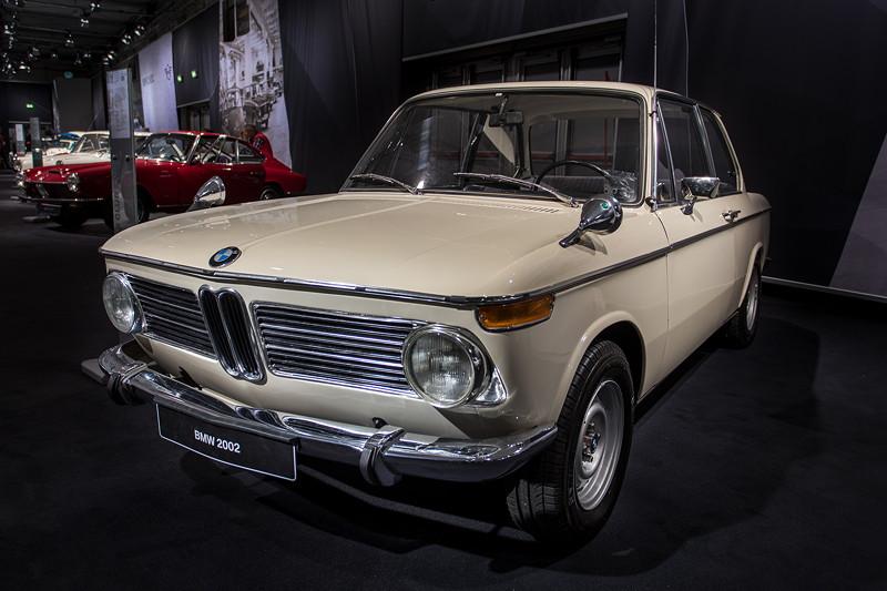 BMW 2002, Baujahr: 1968, 339.092 Einheiten produzierte Einheiten