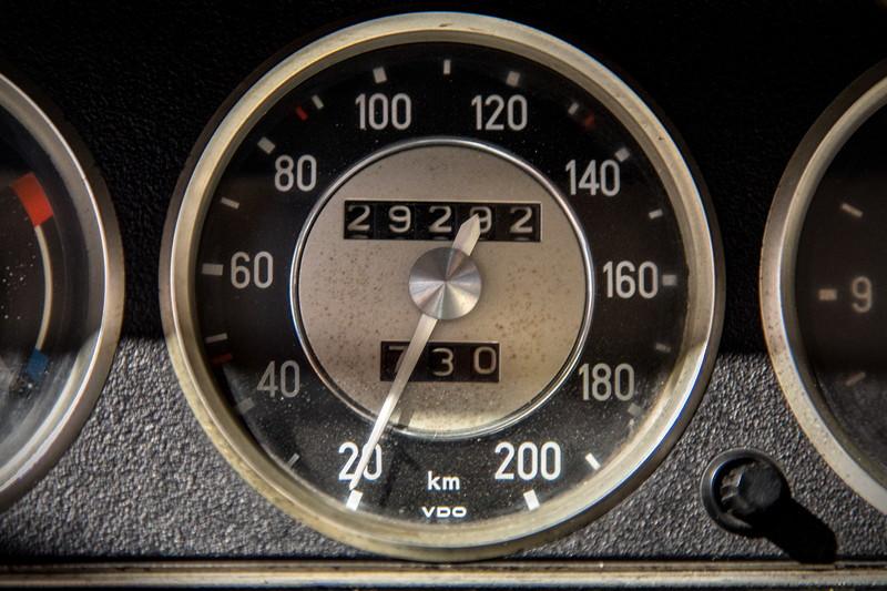 BMW 2002, Tachometer