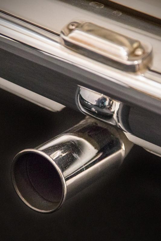 BMW 2002 turbo, Abgas-Endrohr