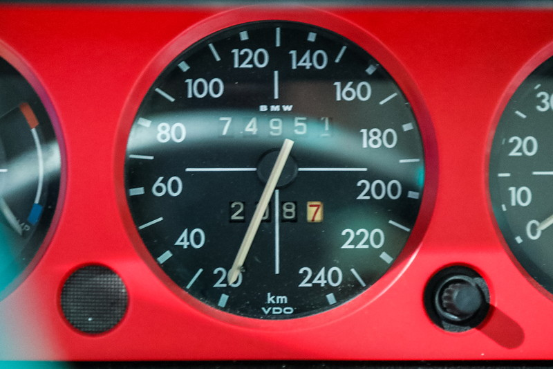 BMW 2002 turbo, Tachometer