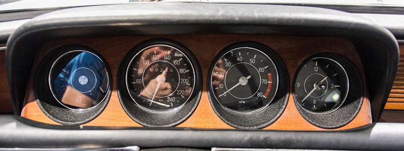 BMW 3.0 CSi (E9), Tachometer mit 66.000 km Tachostand