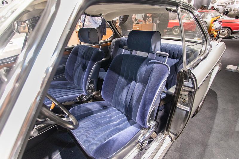 BMW 3.0 CSi (E9), steht auf dem BMW Classic Stand zum Verkauf