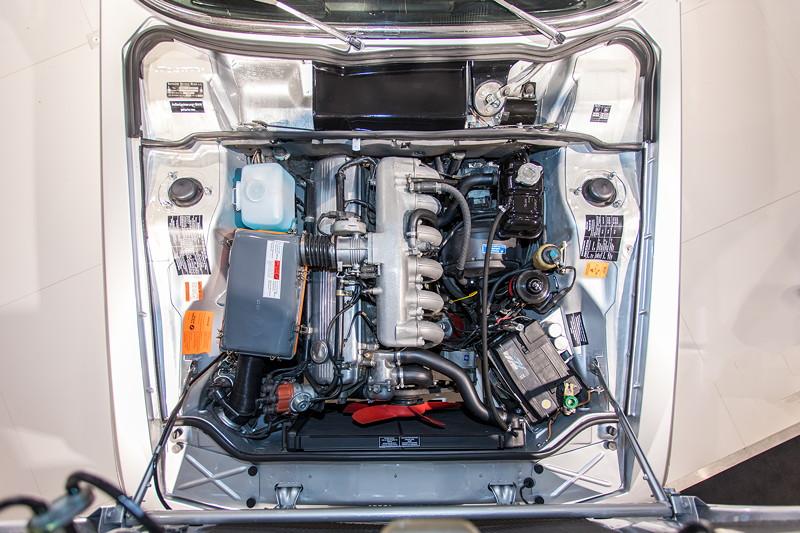 BMW 3.0 CSi (E9), 6-Zylinder-Reihenmotor, mit Bosch Benzineinspritzung, 200 PS
