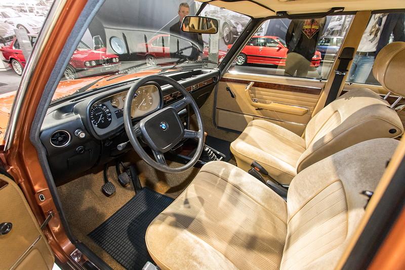 BMW 3.0 L (E3), Cockpit, Interieur vorne