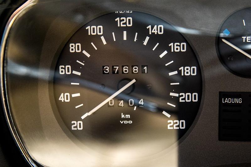 BMW 3.0 L (E3), Tachometer