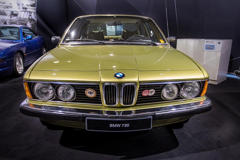 BMW 730 (E23), erster 7er-BMW, Nachfolger des Modells E3