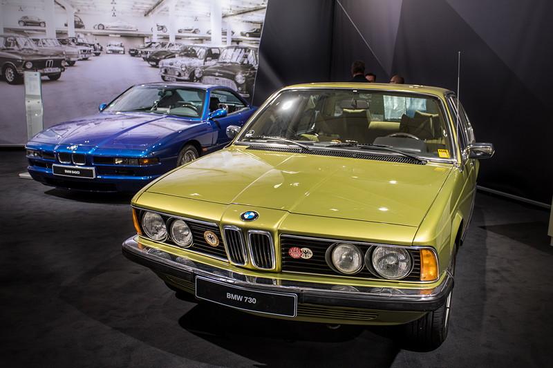 BMW 730 (E23), neben einem BMW 8er (E31)
