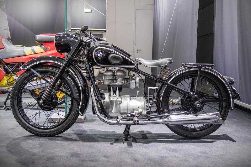BMW R 24, erfolgreiches Nachkriegsmotorrad, Nachfolger der R 24