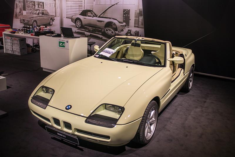 BMW Z1 in Fungelb, Baujahr: 1991, Produktion in Kleinserie von 8.000 Einheiten