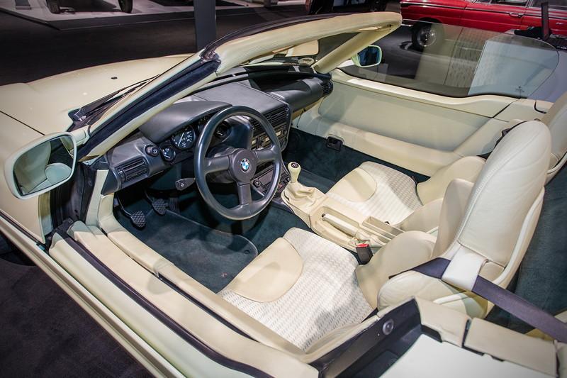 BMW Z1, einzigartig dank versenkbarer Türen