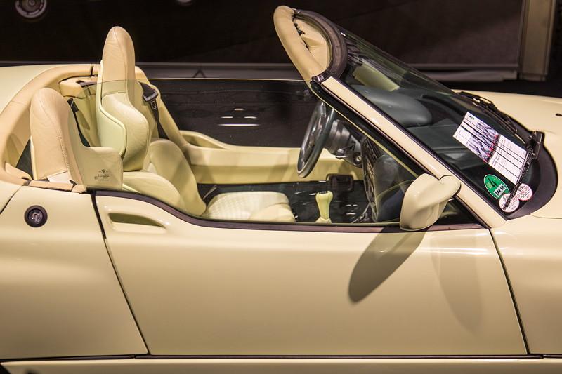 BMW Z1, ausgestellt auf dem BMW Group Classic Messestand auf der Techno Classica 2018.