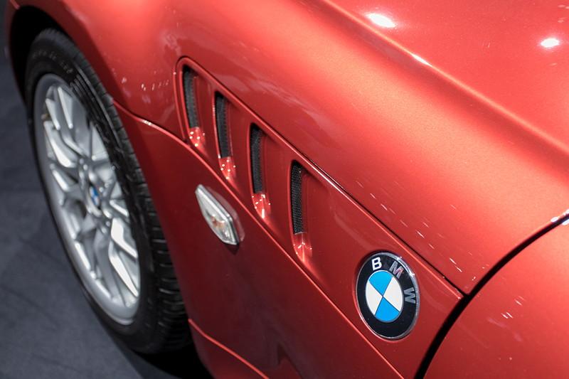 BMW Z3 roadster 3.0i, seitliche Kieme mit BMW Logo
