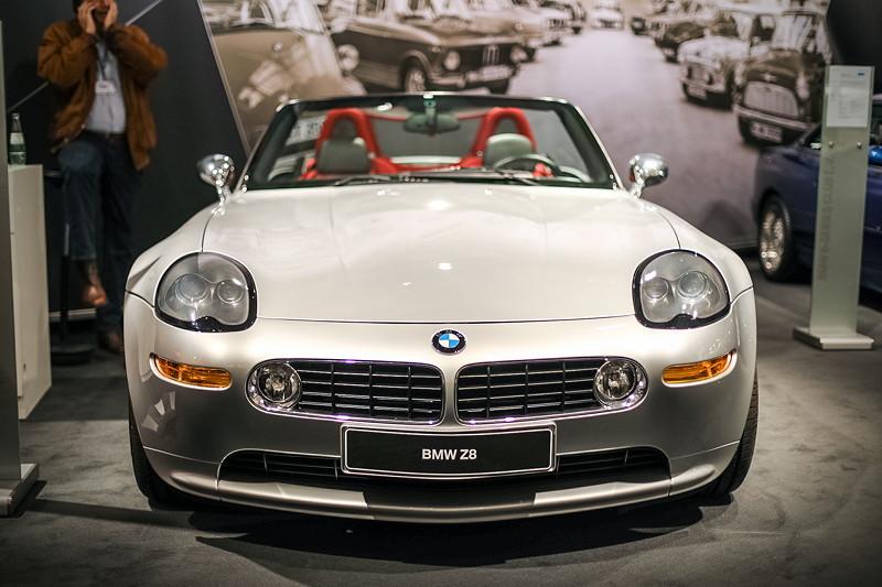 BMW Z8 mit BMW M5-Motor, 8-Zylinder-V-Motor mit 400 PS