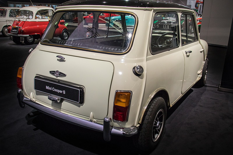 Austin Mini Cooper S 1275, in 'Snowberry-White' lackiert