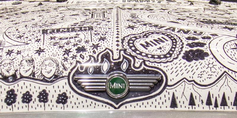 Mini classic Cooper Road to IMM17, Karosse illustriert von Steve Simpson