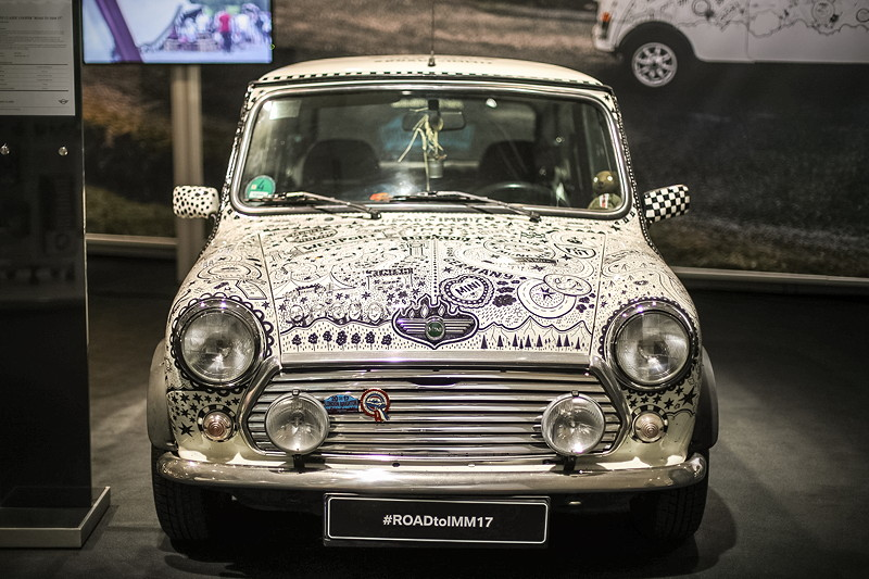 Mini classic Cooper Road to IMM17, Leergewicht: 730 kg; 148 km/h schnell