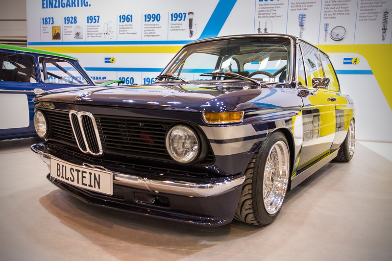 BMW Alpina 02er auf dem Stand von Bilstein in Halle 3