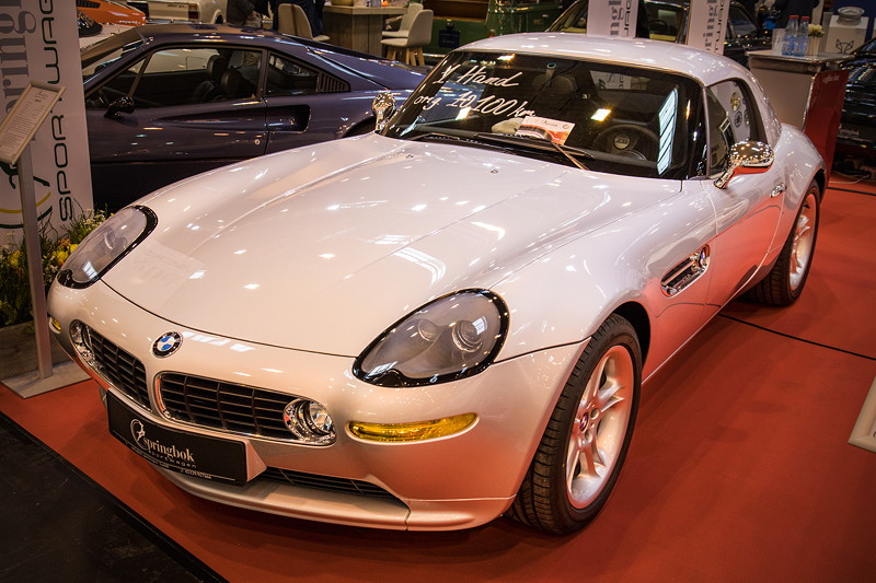 BMW Z8, titan-silber, Leder schwarz, Baujahr: 2003, 10.100 km, Preis: 265.000 Euro