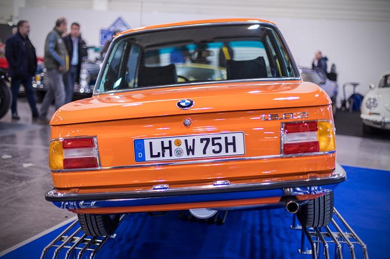 BMW 1502, Farbe: orange, 4-Zylinder-Reihenmotor, 75 PS