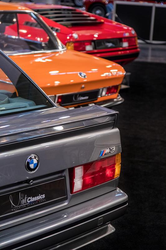 BMW M3 Evolution neben Alpina BMW 3.0 CSL und BMW M1